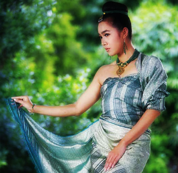 Fashion: Classic Myanmar with Moe Hay Ko