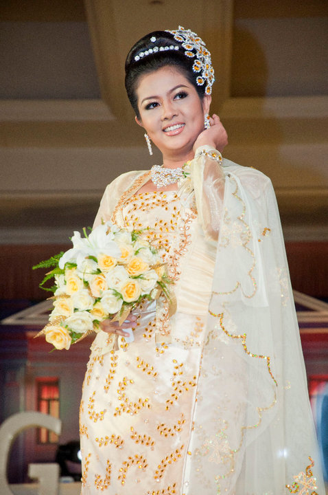 Myanmar model wedding